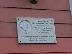 05-varoshaza-zach