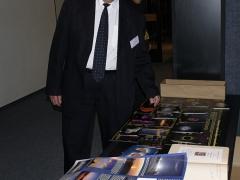 Dušan Čaplovič a csillagászat éve szlovákiai kiadványaival