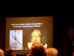 Galilei és távcsöve.