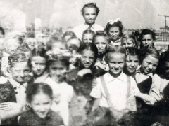 1940ev_1948_gyerekcsoport_kulinnal_urania