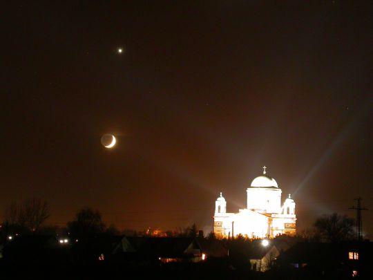 Hold-Vénusz együttállás