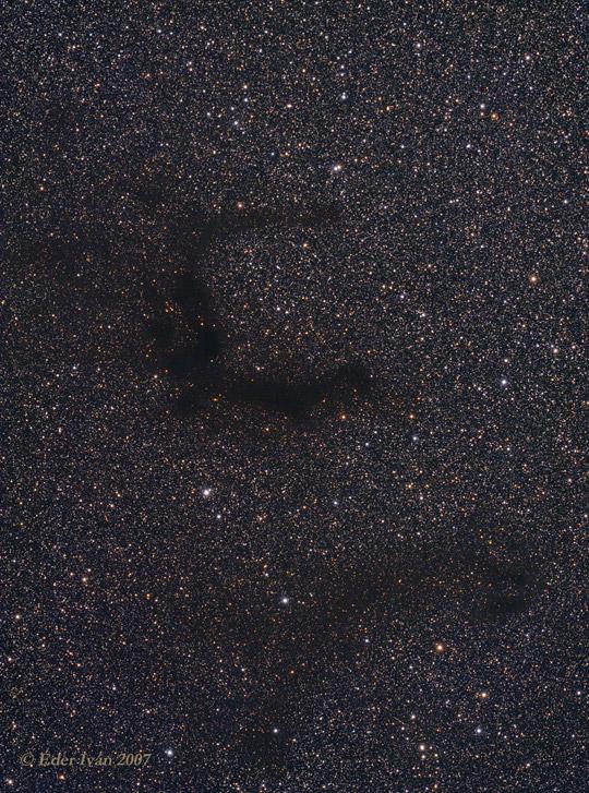 """A """"Sas barlangja"""", a Barnard 142-143 Éder Iván felvételén"""