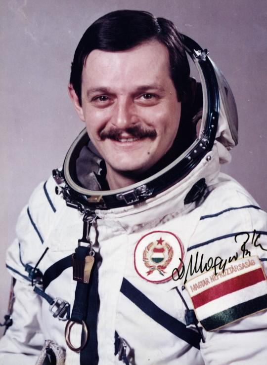 Magyari Béla űrhajós 1980-ban, a szovjet-magyar űrrepülés idején.