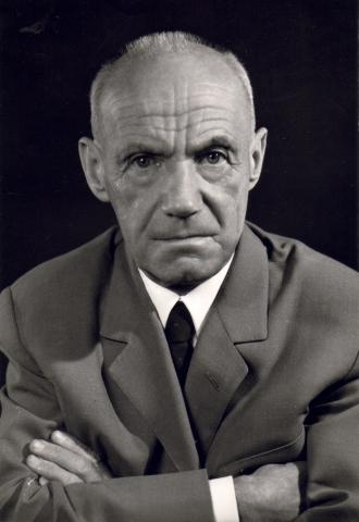 Tamkó Sirató Károly a hetvenes években.