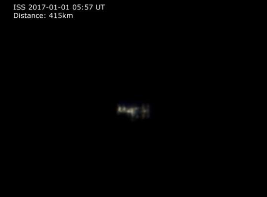 A Nemzetközi Űrállomás részletei is kivehetők Landy-Gyebnár Mónika felvételén.