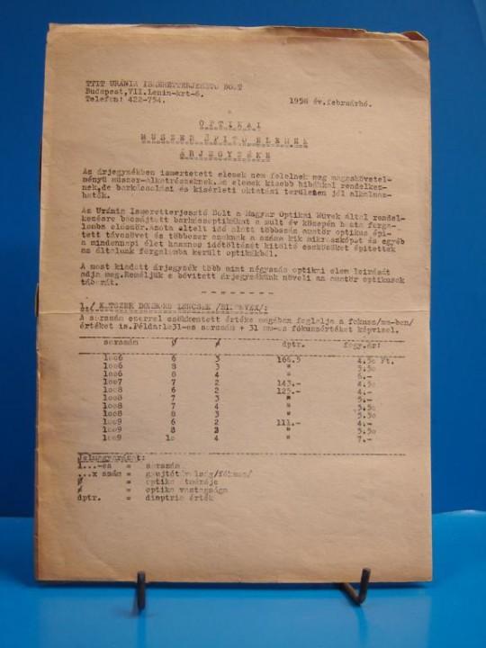 Az Uránia Ismeretterjesztő Bolt 1958-as árjegyzéke (Soós fotó)