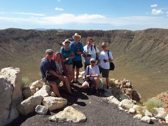 Presits Péter és expedíciós csapata az arizonai Meteor-kráternél, 2017. augusztus 10-én.