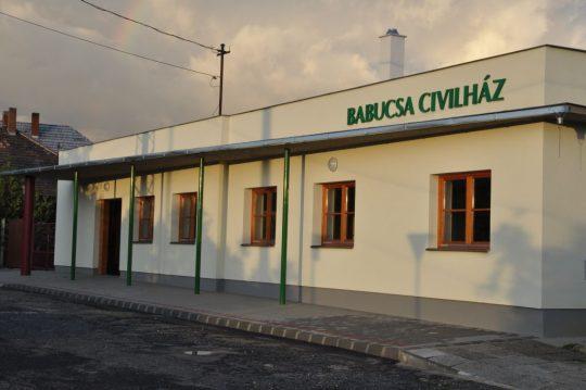 A HOLD éjszakája Ajkán @ Babucsa Civil Ház